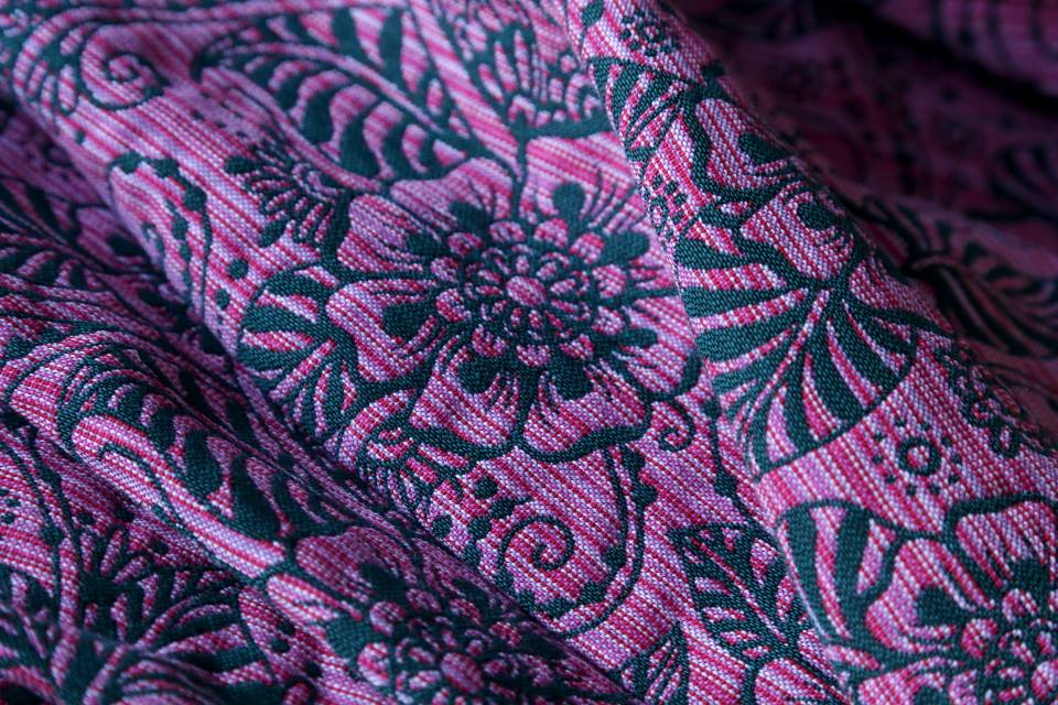 Ava Contra Black Pink Random Wool3