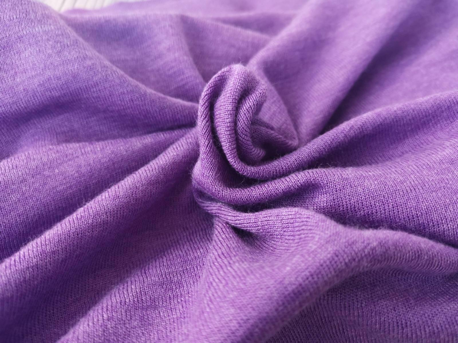 Wolle/Seide BJ lila