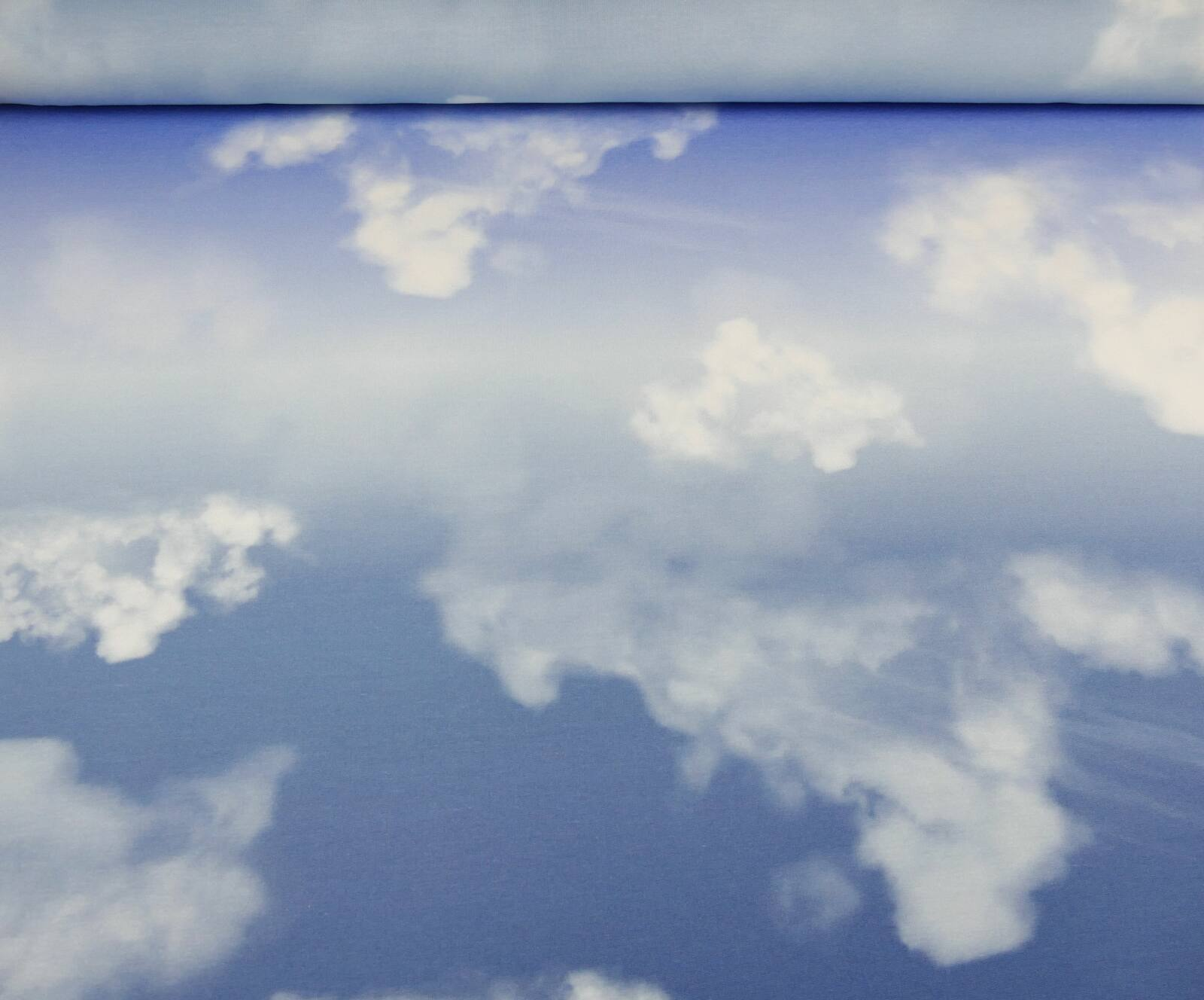 Cloudy Sky_blau